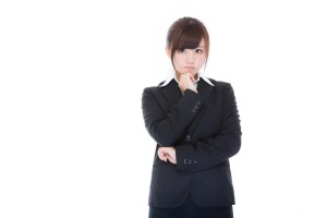 自己分析する女性社員
